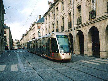 Une ligne de tramway pau centerblog - Horaire tram orleans ligne a ...
